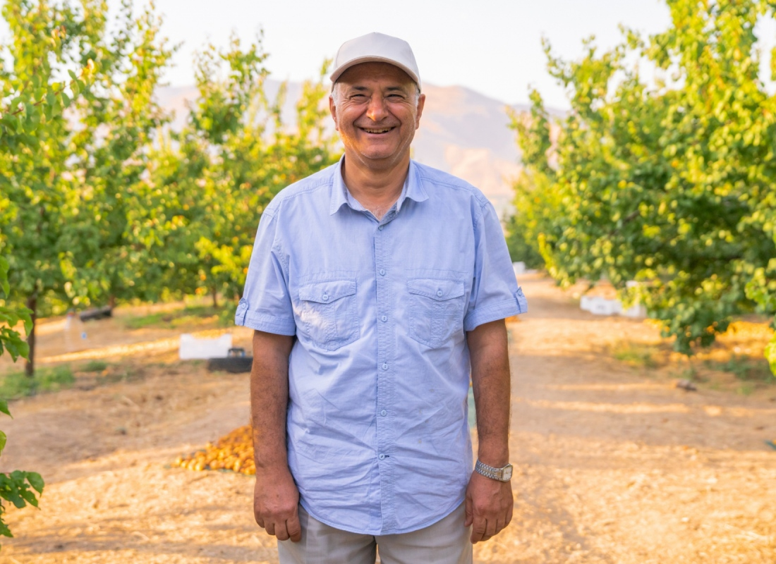 Un produttore di albicocche – Malatya, Turchia