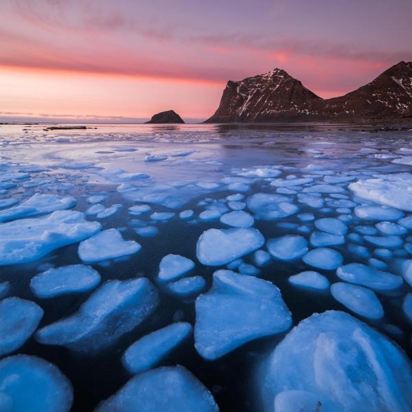 4-Cristalli-di-ghiaccio-sotto-un-tramonto-polare-Prehistoric-Norway-Arctic-Visions